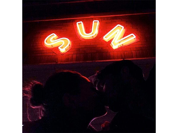 Ashton Kutcher Tweets a Romantic Photo