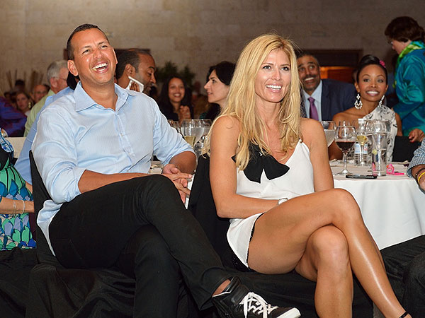 Alex Rodriguez Attends David Ortiz Charity Event, Scores $13,000 Lunch Auction