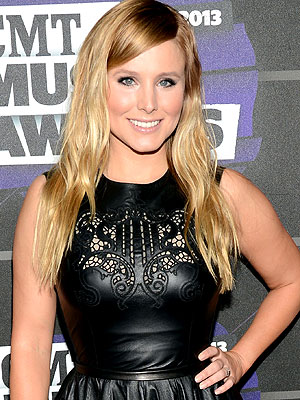 Kristen Bell, CMT Awards Cohost, Reveals 'Backstage Beauty Routine'