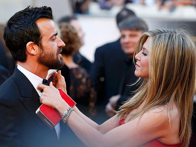 Stars Primp & Prep at the Oscars