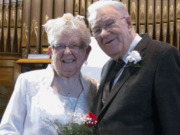 George Raynes and Carol Harris Marry 75 Years After Their First Kiss