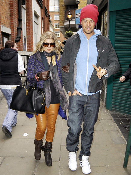 Josh & Fergie: Make Way!
