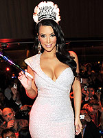Hollywood's Official New Year's Eve Dress Code | Kim Kardashian