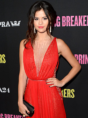 Last Night's Look: Love It or Leave It? | Selena Gomez