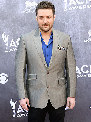 Chris Young Tour: His Must-Haves