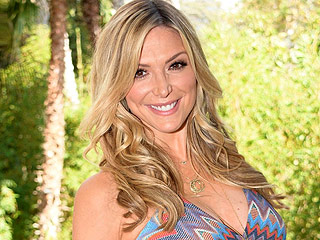 Debbie Matenopoulos Welcomes a Daughter