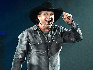 Why Garth Brooks Thinks of Himself as 'Arm Candy'
