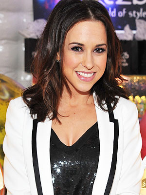 Lacey Chabert Is Married
