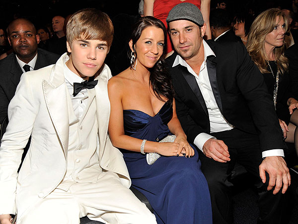 How Justin Bieber's Parents Are Dealing with His Behavior