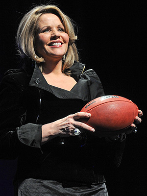 Renee Fleming: 5 Things to Know About the Super Bowl National Anthem Singer