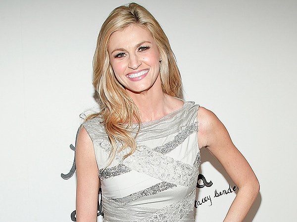 Erin Andrews Tweets About New Dancing Gig, Staying with FOX Sports