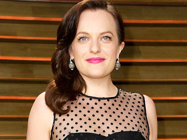 Elisabeth Moss Calls Her Brief Marriage to Fred Armisen 'Extremely Traumatic'