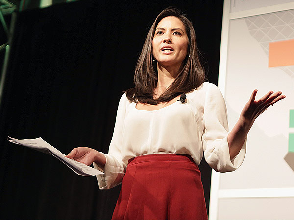 Olivia Munn Says She 'Could Possibly Teach 7th Grade Economics'