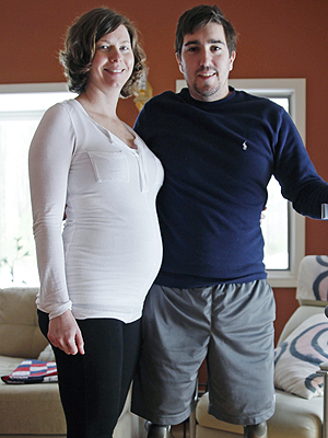 Boston Bombing Victim Jeff Bauman to Be a Dad, Married