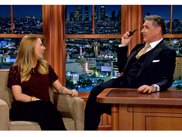 Pregnant Scarlett Johansson Talks Engagement, Settling Down on Late Late Show