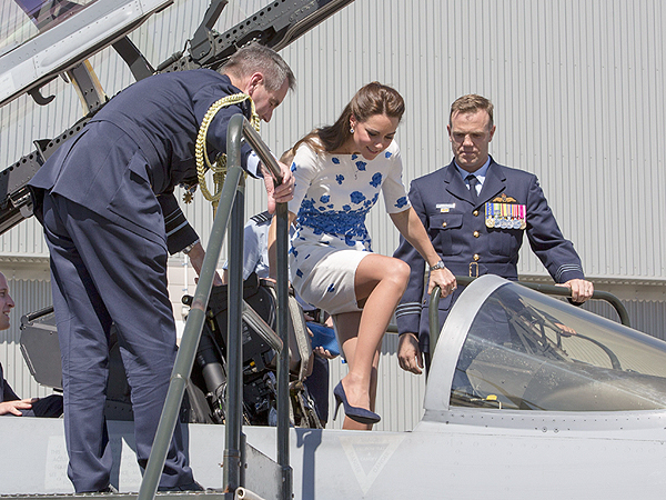 Kate Climbs Aboard Fighter Jet in Australia, Meets with Veterans with William