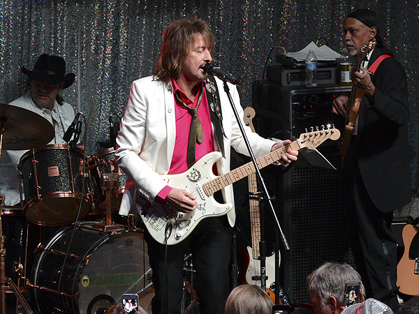 Richie Sambora Clothing Richie Sambora Wins Big at The