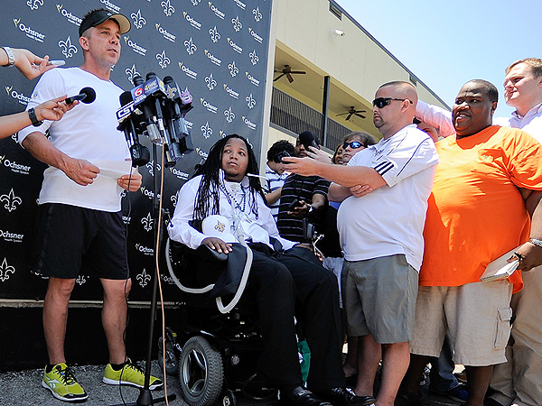 Devon Walker, Paralyzed in College Football Game, Signed by New Orleans Saints