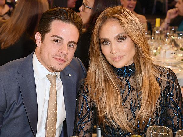 Jennifer Lopez Gets a Visit from Ex Casper Smart