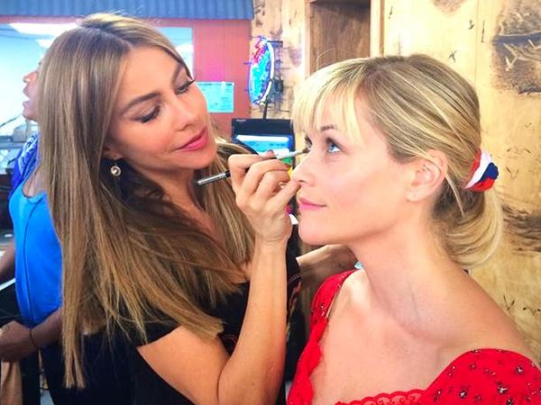 Reese Witherspoon Bonds with 'Work Wife' Sofia Vergara: Photos