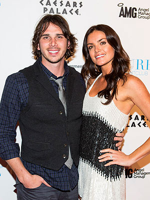 Ben Flajnik's Ex Courtney Robertson Tells All in New Bachelor Book