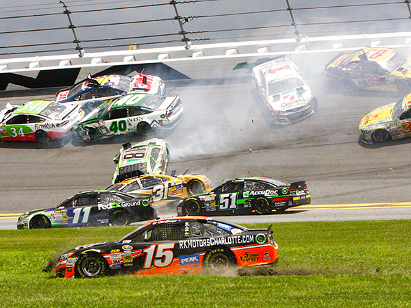 Big Crash at Daytona Takes Out Top Nascar Drivers