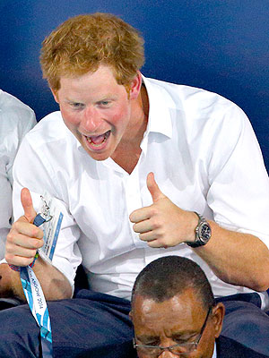 Prince Harry's Commonwealth Games Photobomb: See the Hilarious Shot