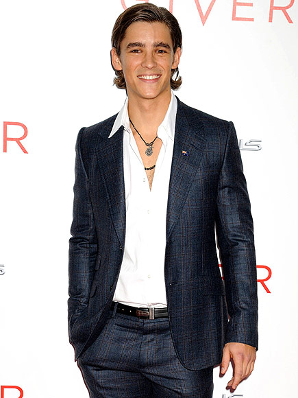 The Giver star Brenton Thwaites Is Not Dating Taylor Swift