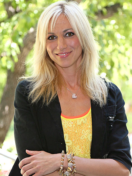 Debbie Gibson: Recovery from Lyme Disease Has Been a 'Challenge'