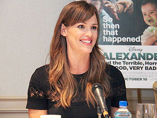 Jennifer Garner Hasn't Figured Out How to Be a Perfect Mom