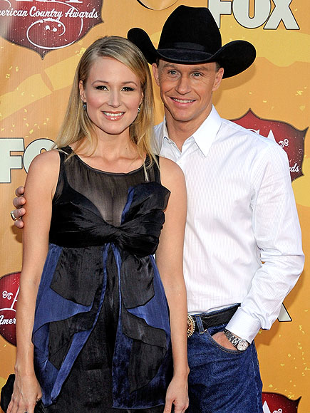 Jewel and Ty Murray Remain Friends Amid Divorce, He Says