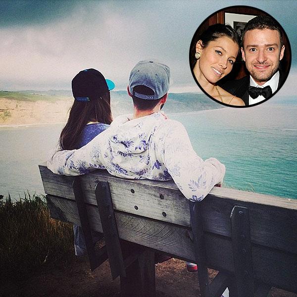 Justin Timberlake & Jessica Biel Pose in Instagram Photo in New Zealand