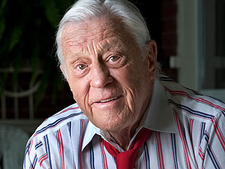Former Washington Post Editor Ben Bradlee Dead at 93