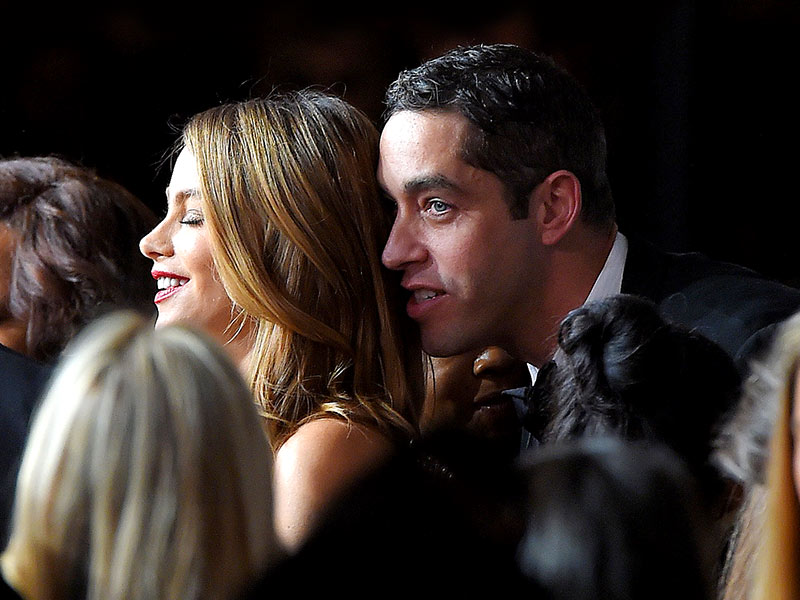 Sofia Vergara Has Awkward Run-In with Ex Nick Loeb