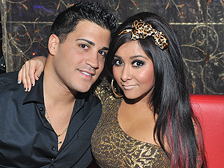 Nicole 'Snooki' Polizzi Fiercely Denies Reports Husband Jionni LaValle Had an Ashley Madison Account: 'Mama Bear Is Gonna Say What's Up'