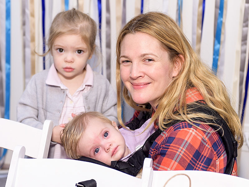 Drew Barrymore Brings Her (Mini-Me!) Daughters to Jessica ...  Drew Barrymore ...