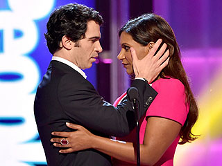 PEOPLE Magazine Awards: Watch Mindy Kaling and Chris Messina's Hot Moment! (VIDEO)