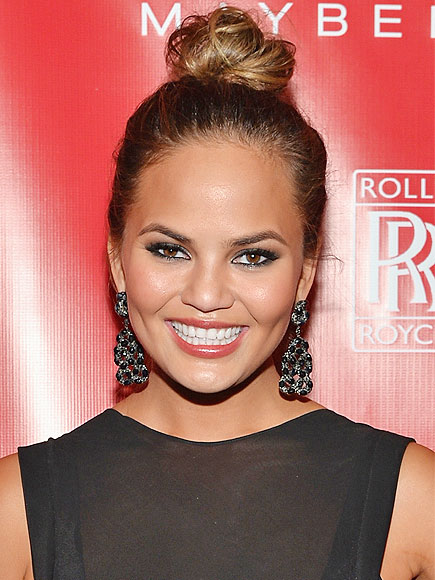 Chrissy Teigen Does Reddit AMA