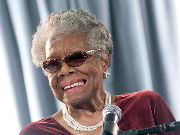 Maya Angelou Dies: Twitter Reactions Pour In from Celebrities