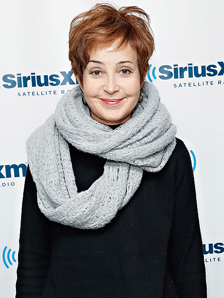 Annie Potts Talks 'Ghostbusters' 30th Anniversary