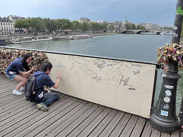 Pont des Arts Bridge in Paris Breaks Under Weight of Love Locks