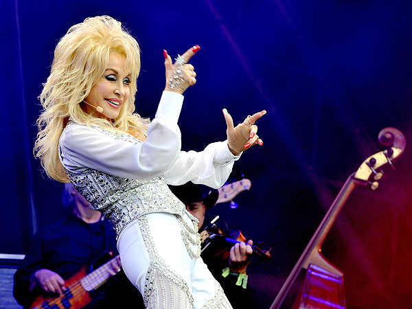 Dolly Parton Promises to Adopt Namesake Dog Abandoned at Glastonbury Music Festival