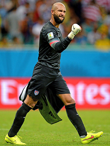 World Cup Star Tim Howard Helps Teens Who Have Tourette Syndrome – Just Like Him