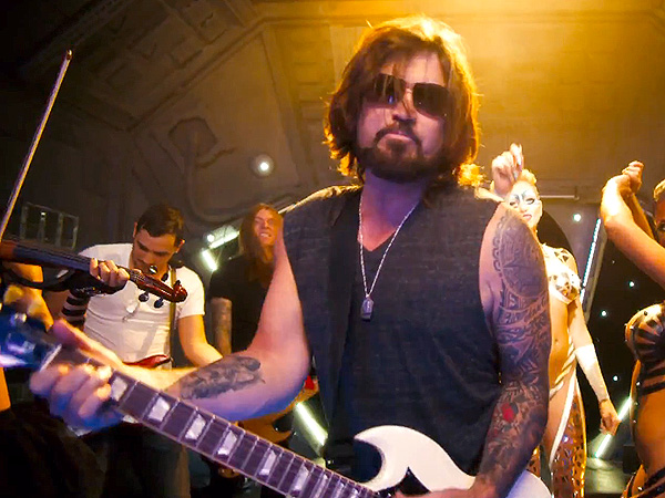 Billy Ray Cyrus Release Rap Song Achy Breaky 2
