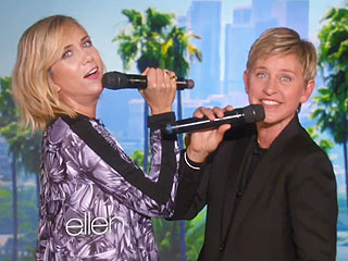 Kristen Wiig and Ellen DeGeneres Sing 'Let It Go' – Woefully (VIDEO)