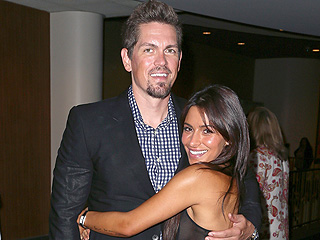 Steve Howey and Sarah Shahi Welcome Twins