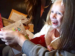 6-Year-Old Girl with  Fatal Illness Gets Hundreds of Thousands of Christmas Cards