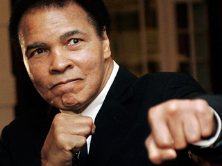 Muhammad Ali Hospitalized with Pneumonia