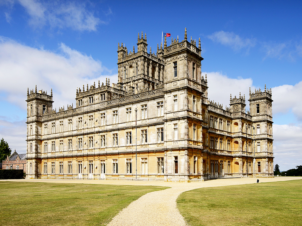 Downton abbey hotel opening at highclere castle on valentine 39 s day peop - Downton abbey chateau ...