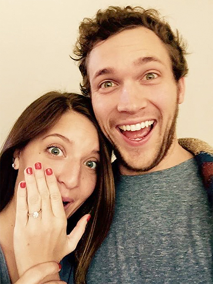 American Idol Phillip Phillips Engaged
